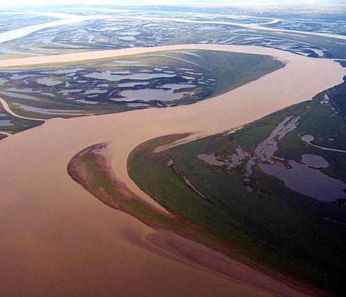 18251185-Muddy_River
