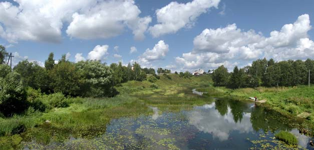 18374182-Kashinka_River