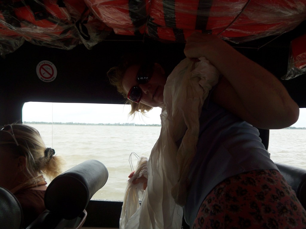 18658707-mekong_cambodia_silk_going_in